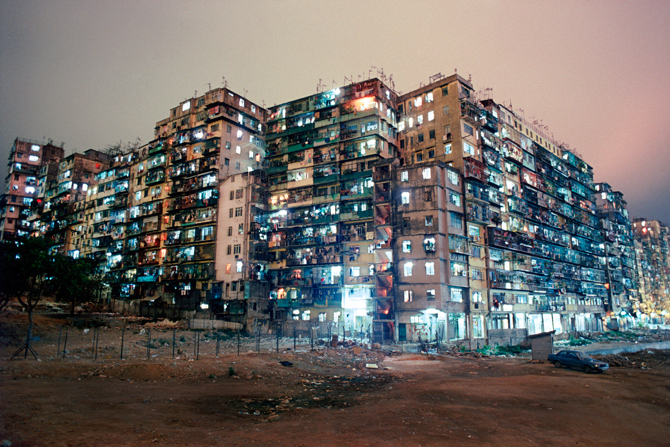 19_kowloon_walled_city_01