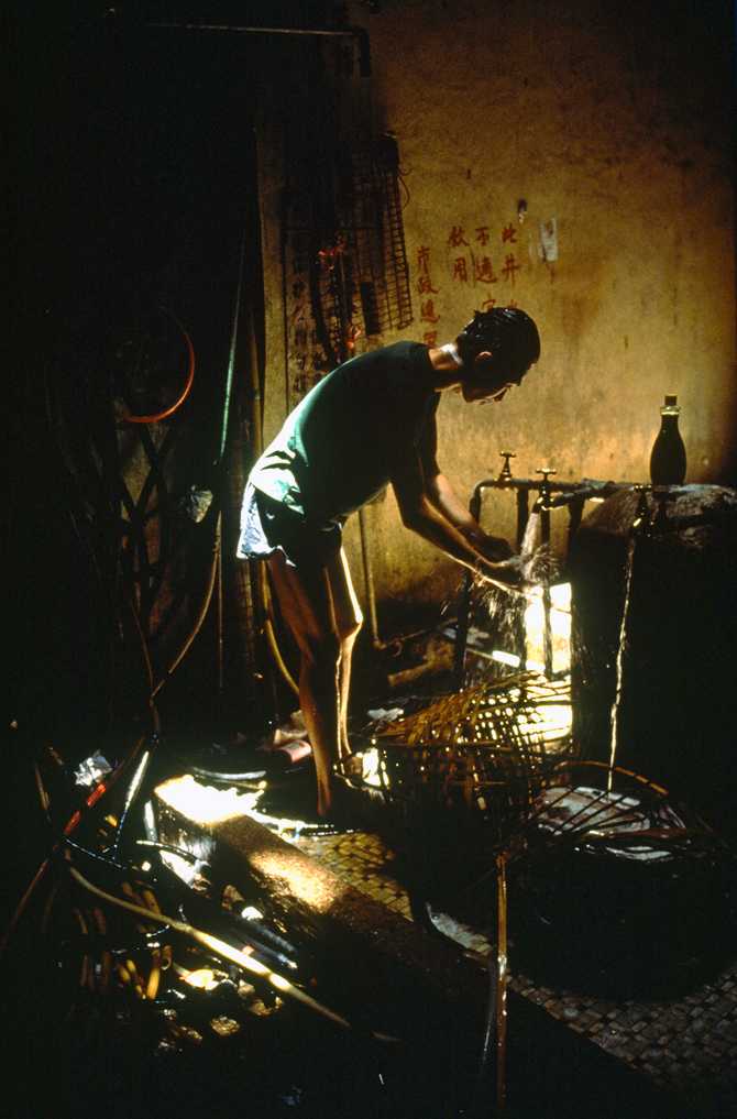 19_kowloon_walled_city_11