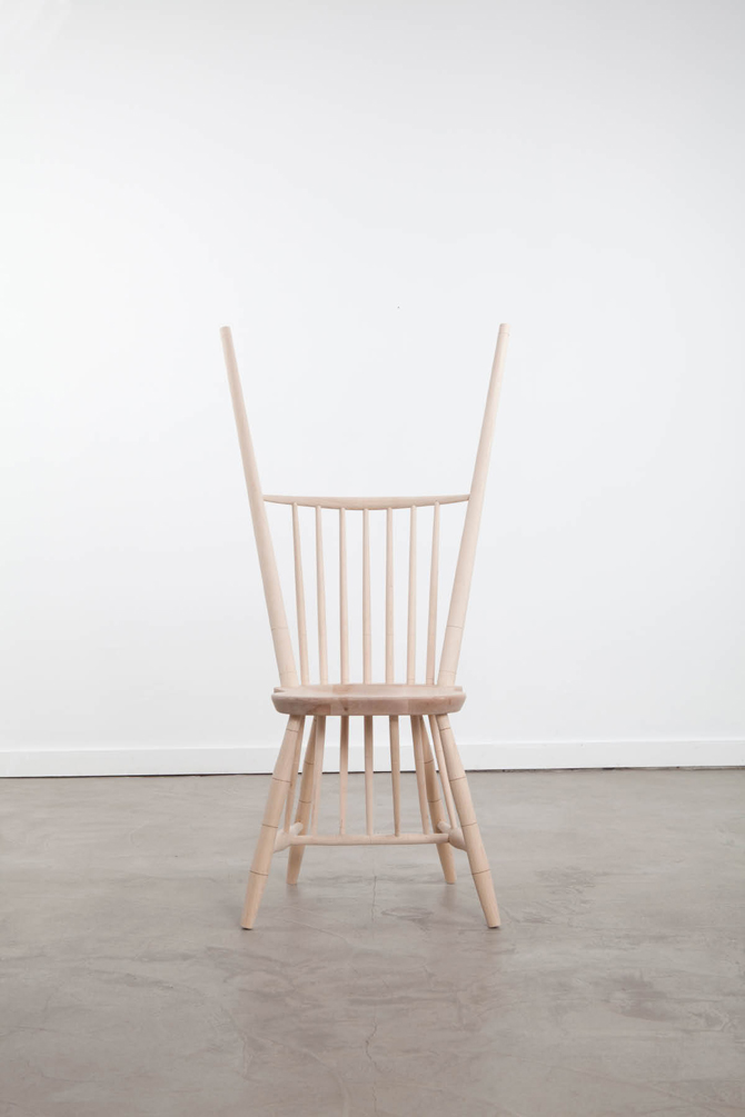 23_wrong_chairs_07