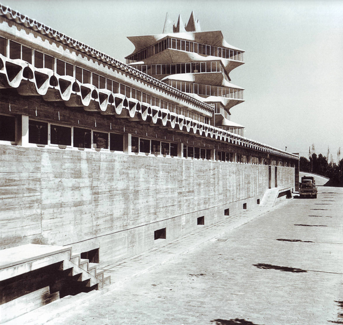 25_26_the_short_life_and_long_history_of_the_pagoda_02
